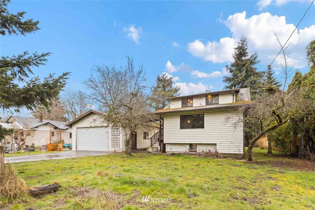 11816 40th Place S, Tukwila, WA, 98168,