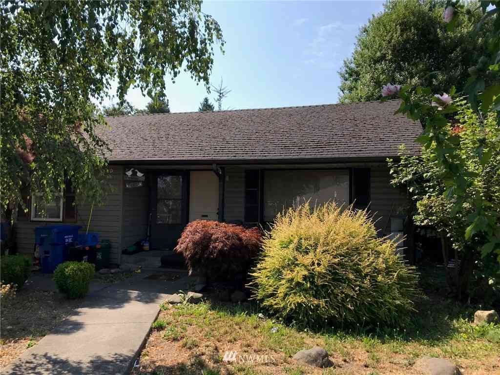2425 SW Barton Street, Seattle, WA, 98106,