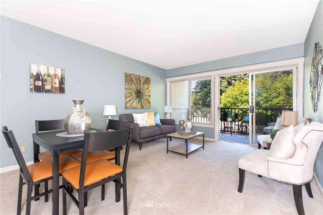 130 105th Avenue SE #118, Bellevue, WA, 98004,