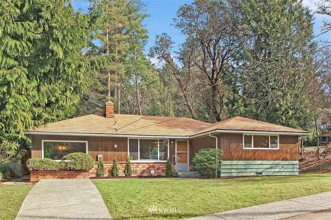9376 Forest Court SW, Seattle, WA, 98136,