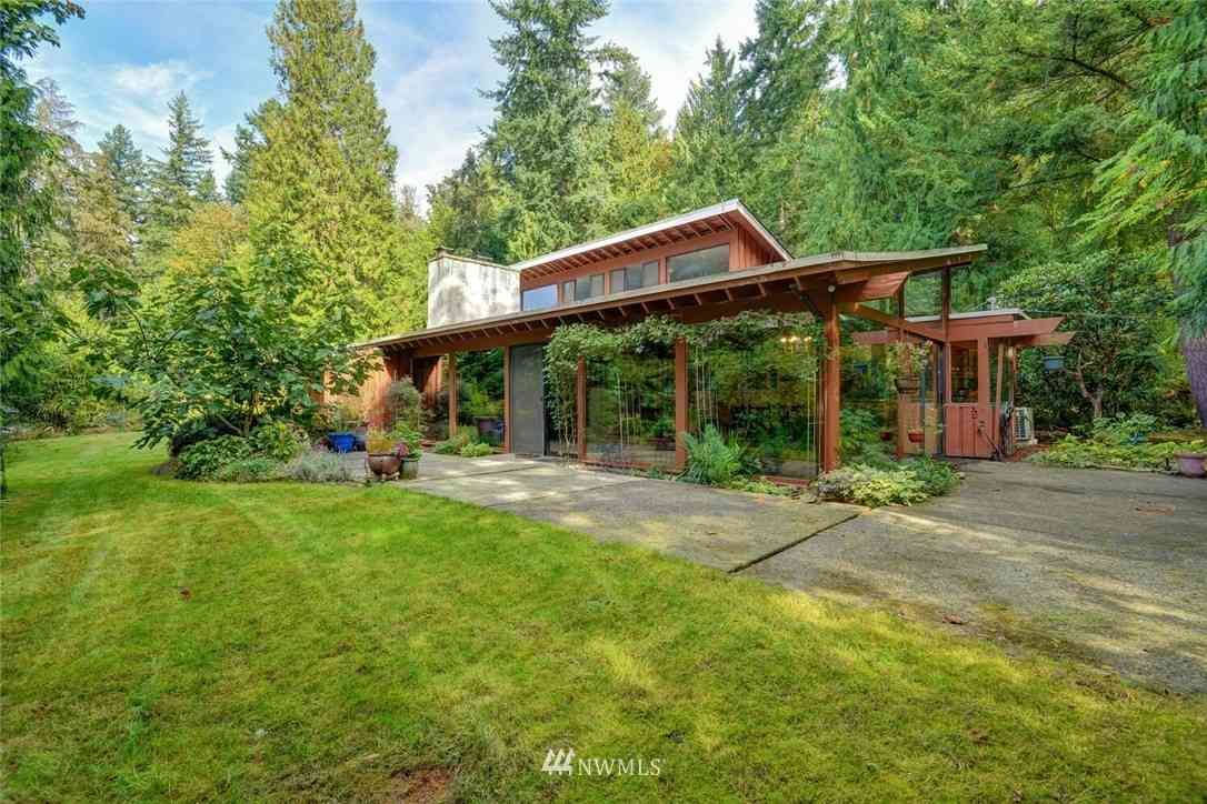 6816 166th Way SE, Bellevue, WA, 98006,
