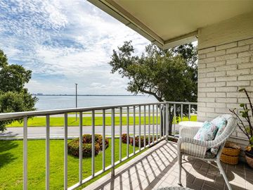 3325 BAYSHORE BOULEVARD #B36, Tampa, FL, 33629,