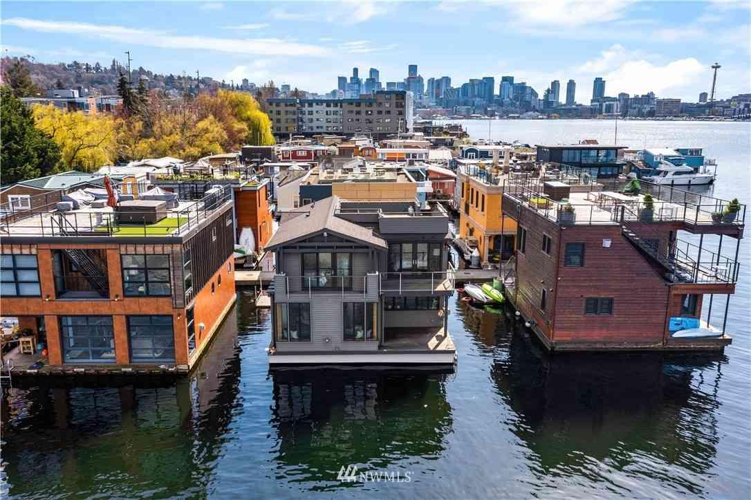 2369 Fairview Avenue E #2, Seattle, WA, 98102,