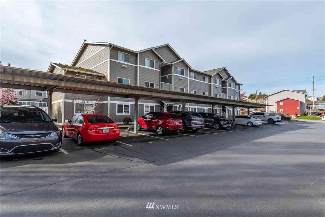 1670 SW Mulberry Place #B201, Oak Harbor, WA, 98277,