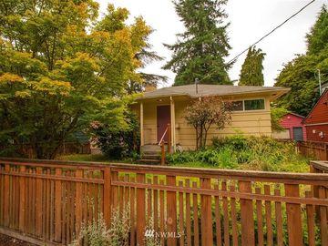 7307 23rd Avenue NE, Seattle, WA, 98115,