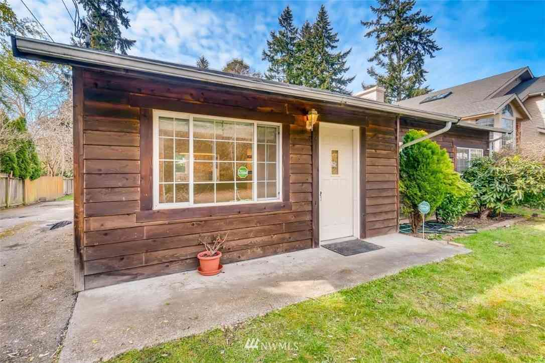 13727 39th Avenue NE, Seattle, WA, 98125,