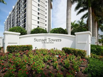 11 SUNSET DRIVE #107, Sarasota, FL, 34236,