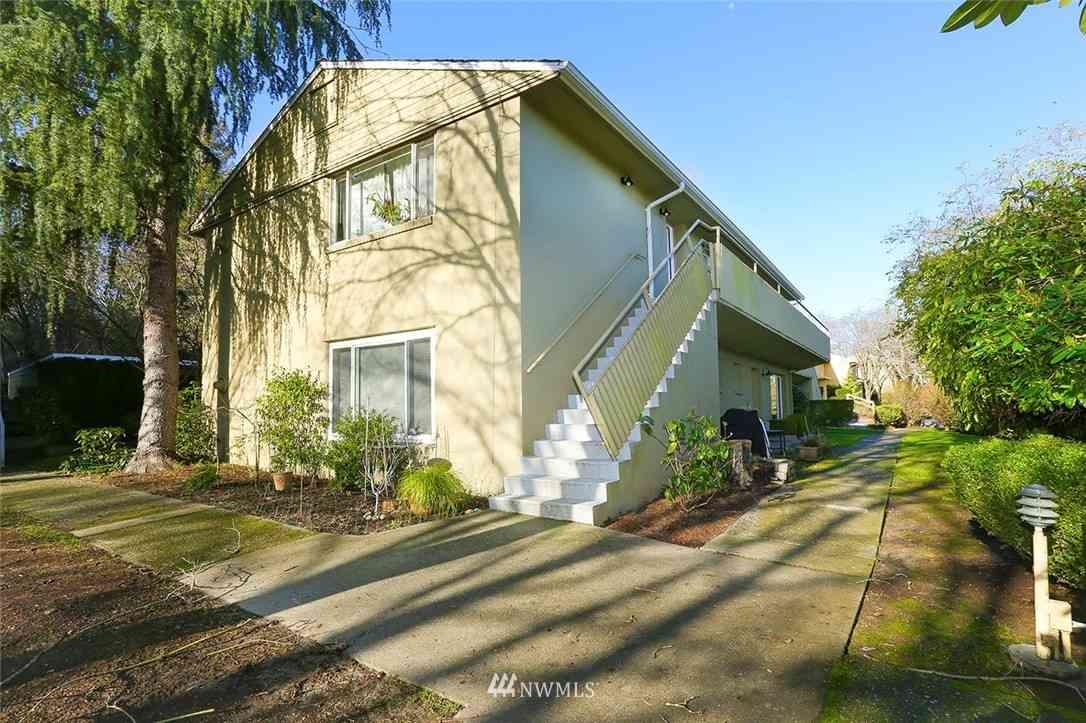 4835 Terrace Drive NE #E4835, Seattle, WA, 98105,