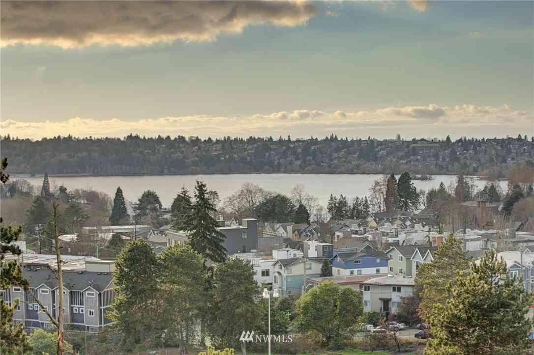 7500 Banner Way NE, Seattle, WA, 98115,