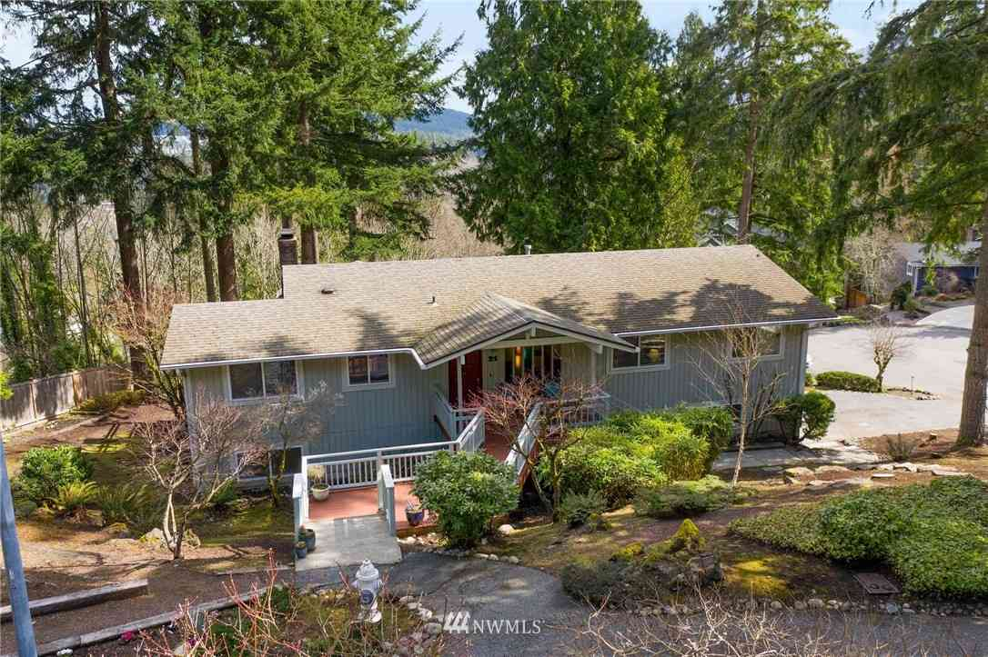21 Big Bear Place NW, Issaquah, WA, 98027,