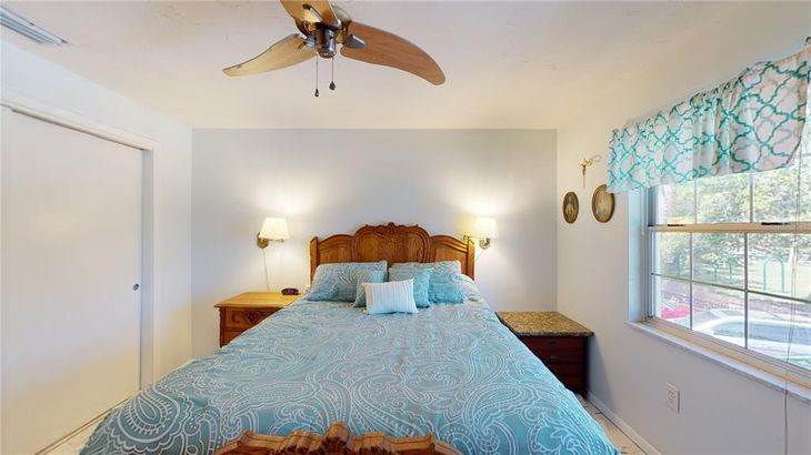 650 PINELLAS POINT DRIVE S #223