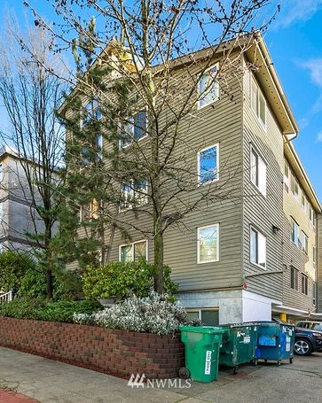 4230 8th Avenue NE Seattle, WA, 98105