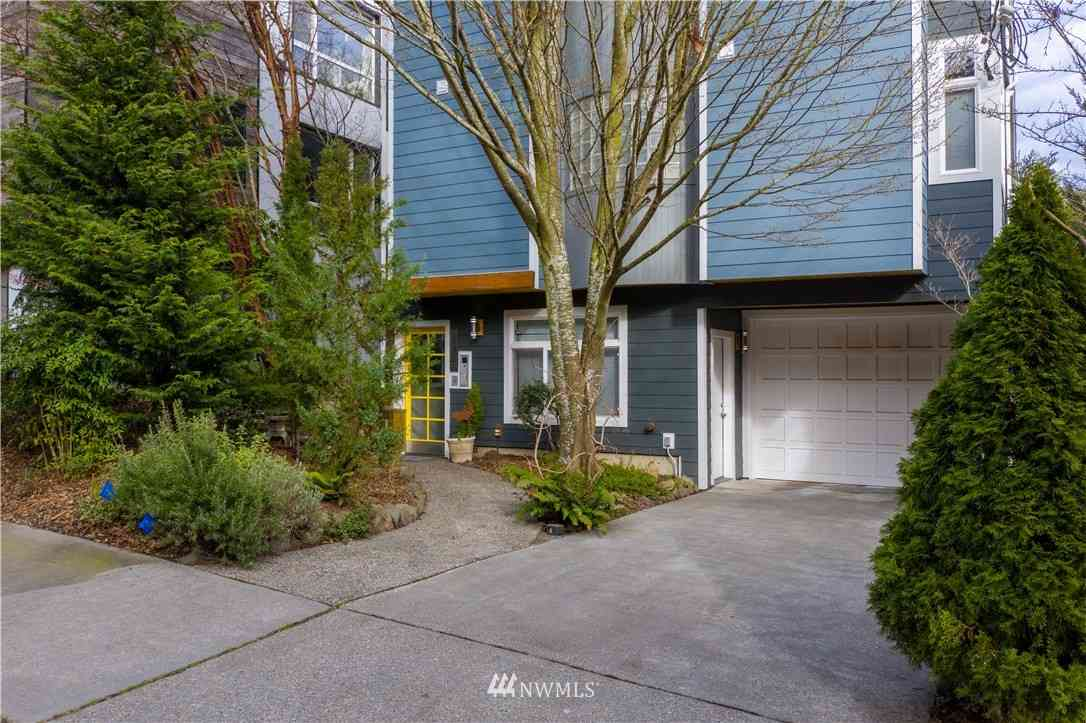 206 25th Avenue E #1, Seattle, WA, 98112,