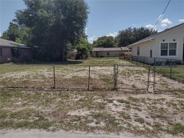 3609 51, Tampa, FL, 33619,