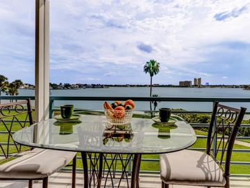 8021 SAILBOAT KEY BOULEVARD S #202, St Pete Beach, FL, 33707,