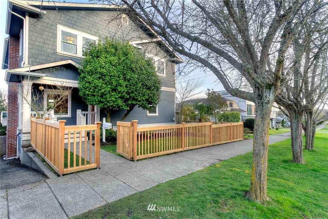 3258 37th Avenue SW, Seattle, WA, 98126,