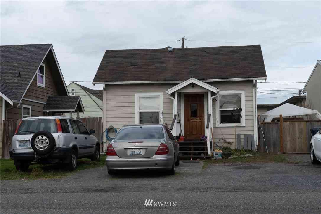 1523 6th Street, Marysville, WA, 98270,