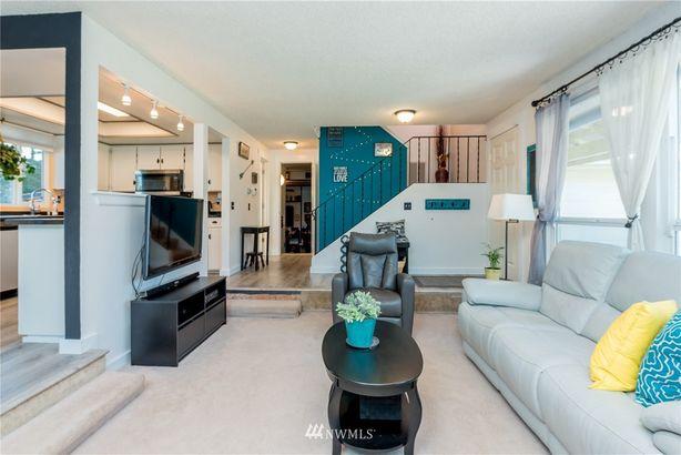29052 229th Avenue SE