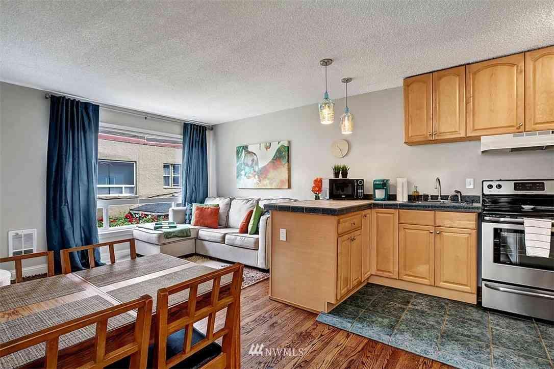 120 14th Avenue #B-12, Seattle, WA, 98122,