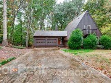 9418 Fairway Ridge Road, Charlotte, NC, 28277,