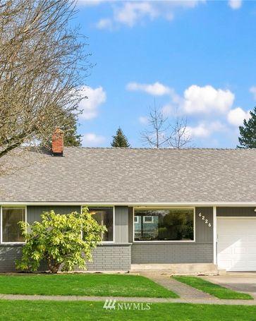 6226 44th Avenue NE Seattle, WA, 98115