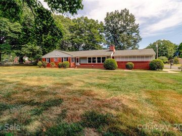 303 W Old Post Road, Cherryville, NC, 28021,