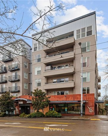 303 23rd Avenue S #310 Seattle, WA, 98144