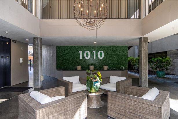 1010 CENTRAL AVENUE #227