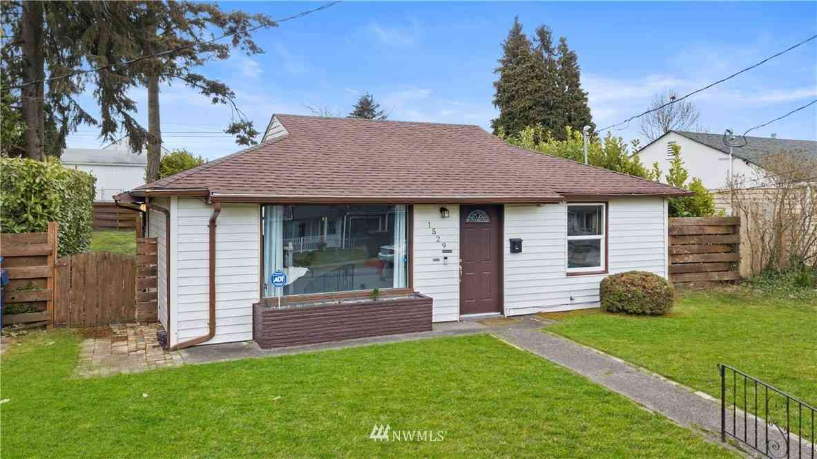 1529 S Ridgewood Avenue, Tacoma, WA, 98405,