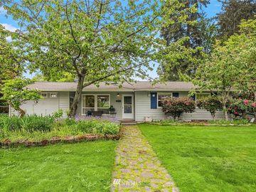 425 154th Avenue SE, Bellevue, WA, 98007,