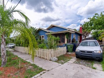 204 E CHELSEA STREET, Tampa, FL, 33603,