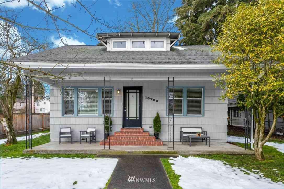 10703 Whitman Avenue N, Seattle, WA, 98133,