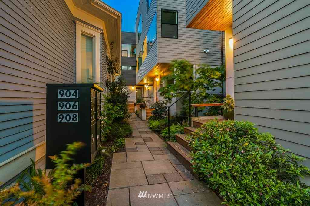 908 13th Avenue #A, Seattle, WA, 98122,