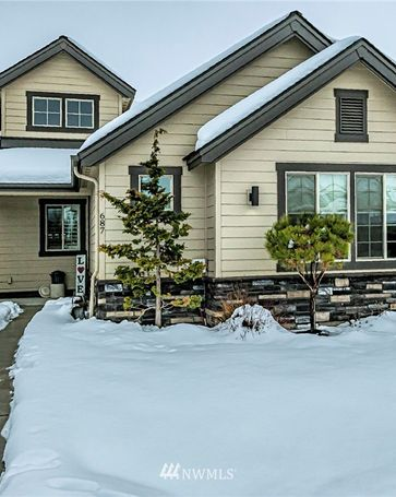 687 SE Whimbrel Loop College Place, WA, 99324