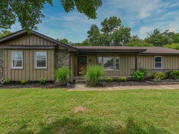 124 Susan Dr, Hendersonville, TN, 37075,