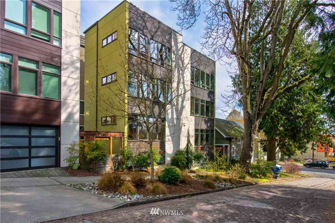 1826 E Howell Street, Seattle, WA, 98122,