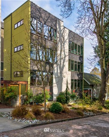 1826 E Howell Street Seattle, WA, 98122