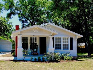 1423 E POWHATAN AVENUE, Tampa, FL, 33604,
