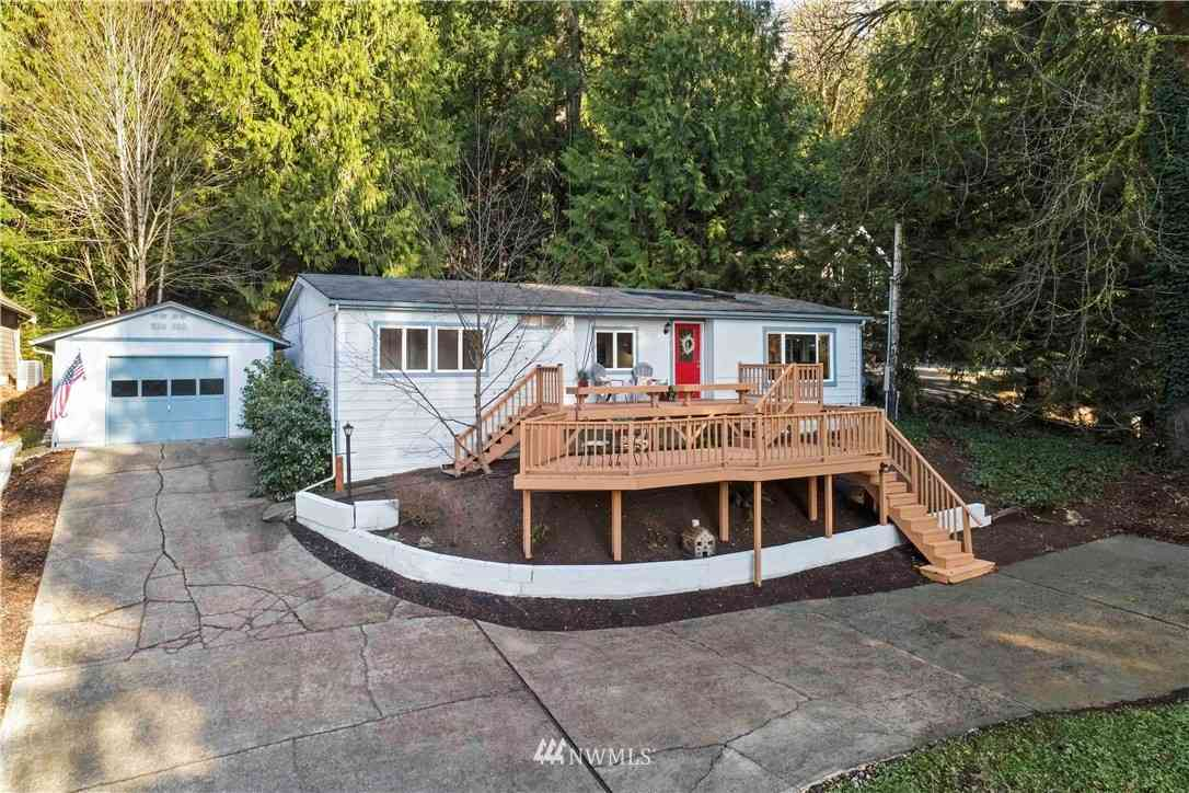 3844 E Ames Lake Drive NE, Redmond, WA, 98053,