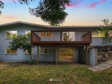 451 154th Avenue SE, Bellevue, WA, 98007,