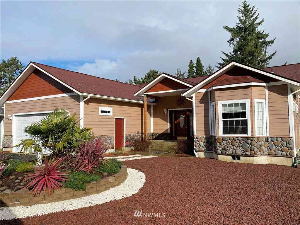 164 Octopus Avenue NE, Ocean Shores, WA, 98569,