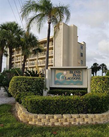 9805 HARRELL AVENUE #404 Treasure Island, FL, 33706