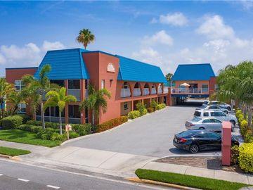17035 GULF BOULEVARD #205, North Redington Beach, FL, 33708,