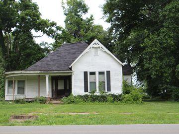 214 N Main St, Cedar Hill, TN, 37032,