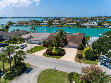320 BELLE ISLE AVENUE, Belleair Beach, FL, 33786,
