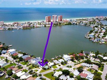 118 WALL STREET, Redington Shores, FL, 33708,