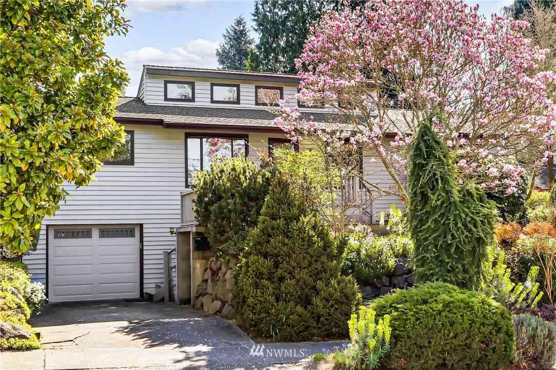 9044 Burke Avenue N, Seattle, WA, 98103,