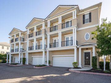 300 NEWBURY PLACE N, St Petersburg, FL, 33716,