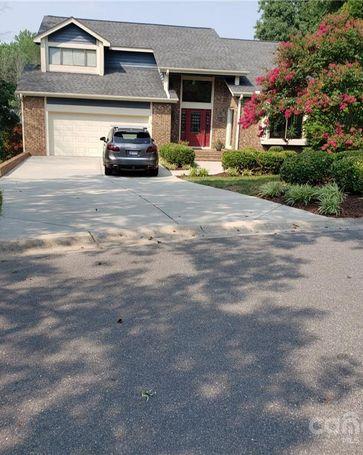 200 Manor Ridge Drive Matthews, NC, 28105
