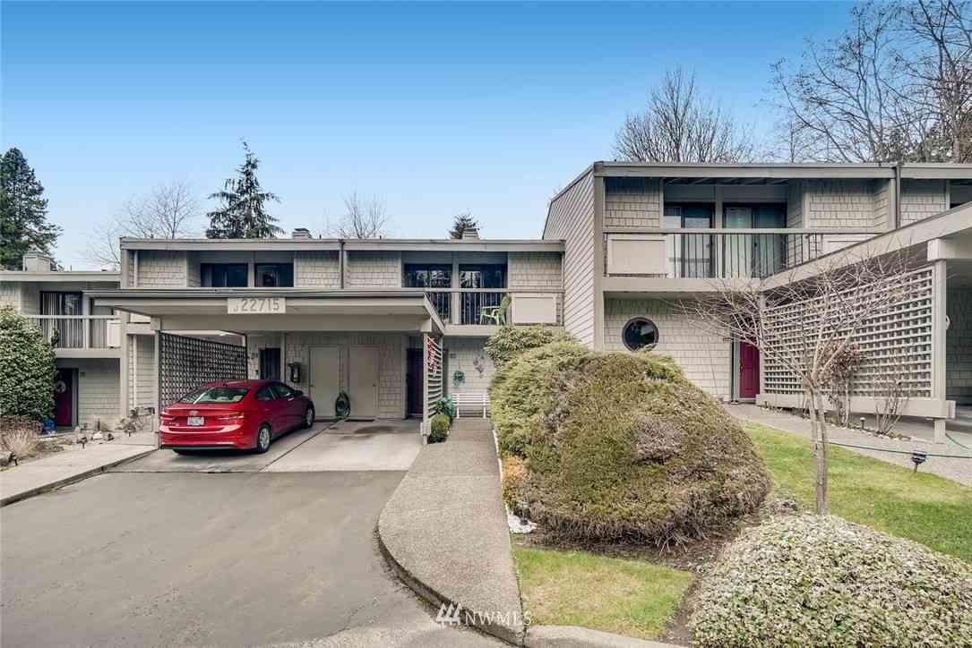 22715 Lakeview Drive #J4, Mountlake Terrace, WA, 98043,